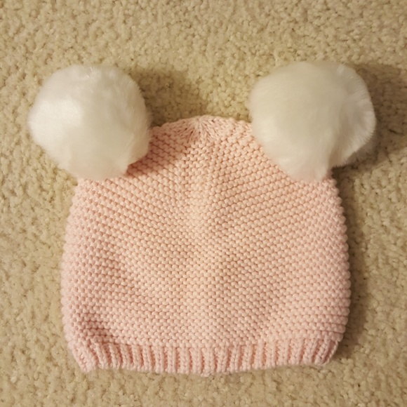 caa29a173 Baby Gap Faux Fur Pom Cable-Knit Beanie 12-18 mo